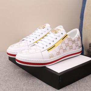 Orijinal yüksek kalite son erkek rahat ayakkabılar moda basit ziyafet vahşi lüks ayakkabı açık spor hafif sürüş ayakkabı