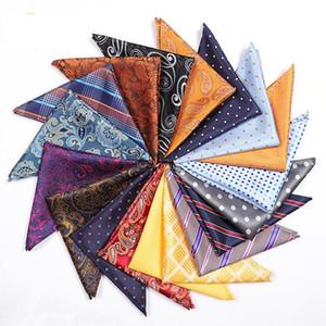Mode Hommes Costume Pocket Place Hankerchief 25 * 25cm Vintage Polyester Mouchoirs classique imprimé fleurs carré serviette Echarpes TTA1001
