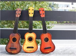 3 개 olorful 미니 아이 참 피나무 소프라노 어쿠스틱 현악기 4 문자열 선물 장난감 기타를위한 나무 기타 우쿨렐레 우쿨렐레