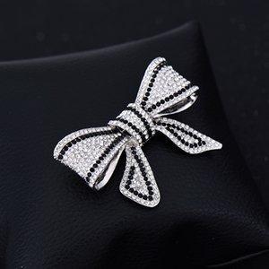 Yan Tang aleación Negro Y Blanco Rhinestone lleno-jewelled arco broche de ropa Accesorios Joker plomo aguja Pin bufanda de seda hebilla