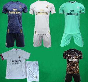 19 20 21 Real Madrid futbol formaları kısa Deplasman Üçüncü futbol takımı TEHLİKESİ Zidane BENZEMA futbol forması Camiseta De Futbol Erkekler Çocuk setleri