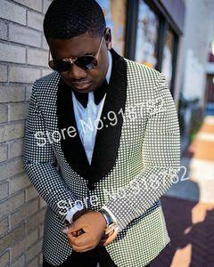 Popular One Button Groomsmen Shawl Lapel Groom Tuxedos Men Suits Wedding Prom Best Man Blazer ( Jacket+Pantst+Tie) Y26