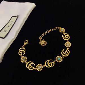 Gold Luxus-Designer-Schmuck Frauen Armbänder Blumendiamant Designer Armband für fashion elegantes Armband mit Kasten