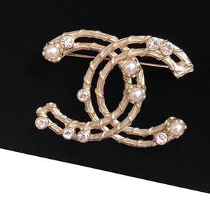 Nova Personalidade oco Mostrar Broche Top Brass Luxury handmade brooch Mulheres Moda Abastecimento Jóias