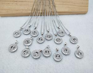 Cor de prata redonda micro pavimentar cristal cúbico zirconia 26 carta pingentes encantos colar de jóias fazendo para mulher nk347