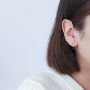 Boucles d'oreilles Femme Zircon Ear Nails Titane Acier Titane Baitao Non Sensitive Ear Nails Boucles D'oreilles T7190617