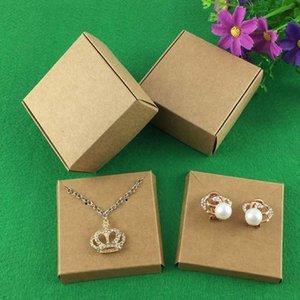 50set Kraft Jewelry BoxJewelry Carte orecchini collana box / esposizioni dei monili Blank Packaging Set / Hand Made regalo in cartaProduciamo ha azione