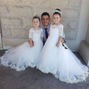 Vintage Flower Girl Kleider mit halben Ärmeln für Hochzeiten Applizierte Little Girls Pageant Kleid Tüll Sweep Zug eine Linie Kommunion Kleider