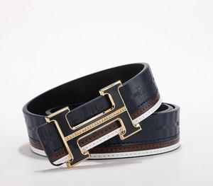 Nuevos cinturones de diseño de lujo para hombres y mujeres Cinturón de diseño Cinturón de cuero genuino de lujo Oro Plata Hebilla negra