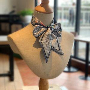 Le donne di modo del regalo migliore per Designer 100% Seta fascia per le donne Retro ragazza Turbante headwraps Foulard Papillon Hair Ribbon Borse