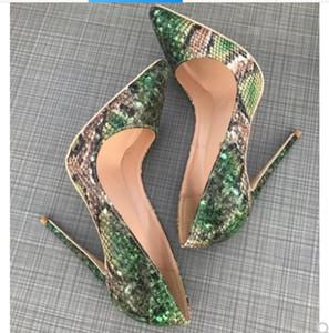 2019 Nuevo tipo Piel de serpiente verde Tacón fino Club nocturno de la cúspide Zapatos de tacón alto para mujeres Vestido de baile Sandalias 12 cm 10 cm 8 cm talla grande 44 fondo rojo