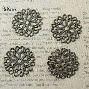 BoYuTe Filigree Descobertas (50 Peças / lote) Latão De Metal Stamping 23 MM Filigrana Flor Artesanais Diy Materiais Artesanais