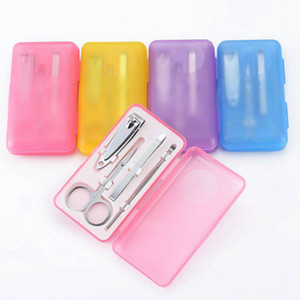 Manucure inoxydable Portable Set Nail Art Kits ongles Clipper Ciseaux Sourcils clip cérumen cuillère pédicure outils avec boîte 4pcs / set RRA1376