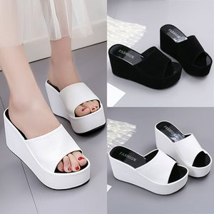 Women Summer Sandals Woman Open Toe Wedges Slippers Women's Beach Walk Shoes Lady Solid Color Beach Casual Sponge Shoes Fashion 2020 New