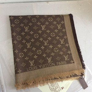 22 Color de la bufanda jacquard de algodón suave al por mayor de la marca de moda bufanda 140 * 140 cm marca suave chal chal triángulo de las mujeres 140 * 140cm