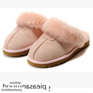 HOT SALE 2018 High quality WGG Warm cotton slippers Men And Womens slippers Women s Boots Snow Boots Designer Indoor Cotton slippers
