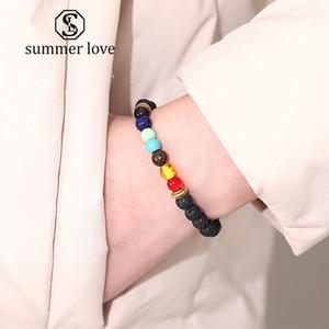 New 6mm Lavastein 7 Chakras Korn-Charme-Armband für Frauen-Mann-Mode-Ätherisches Öl Diffuser Energie Yoga-elastisches Armband Schmuck