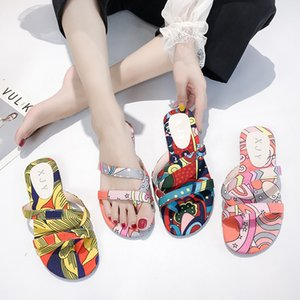 Strand-Schuhe Damenschuhe Luxus Slides Low Slipers Frauen Multicolored Sandalen Sabot Designer 2020 Flach Art und Weise gemischte Farben