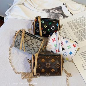 Kinder-Designer-Handtaschen koreanische Mädchen Mini Prinzessin Geldbeutel klassisches Muster gedruckt PU-Kette Taschen Trage Mode Baby Beuter Schöne Geschenke