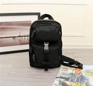 Yeni klasik moda retro tarzı lüks kanvas deri omuz çantası tasarımcı en yüksek kalite sırt çantası 2V2013 boyutu 30 cm 20 cm 10 cm
