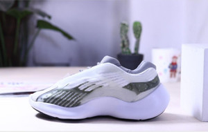 700 V3 Azael Alvah White Glow in the dark kanye west running basketball shoes men women fashion luxury designer sneakers trainers EUR 36-45