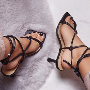 2020 Salto Verão Mulheres 9 centímetros altos Strappy ouro Prom Sandals Fetish Sandles Lady Valentine Stripper Sexy Up Toe Calçados