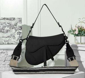 2020 neue Art und Weise vielseitig Ledersatteltasche breite Schultergurt Kreuzbisses kleine Tasche Stern gleiche Handtasche, globale Paketpost, direkt ab Werk