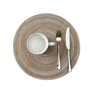 HEIßE Runde Woven Tischsets für Esstisch Hitzebeständige Abwischbare Tischset rutschfeste Waschbare Küche Tischsets für Urlaub Party Tisch Pad