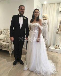 보헤미안 웨딩 드레스 2019 핸드 숄더 Tulle Sweep Train에서 만든 꽃 Simple Beach Bridal Gowns Beaded Elegant Chic robe de mariée