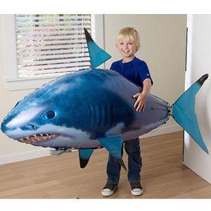 1PCS Controle Remoto Voador Air Shark Toy Clown Fish balões infláveis Hélio RC Robot presente para as crianças Kids Party