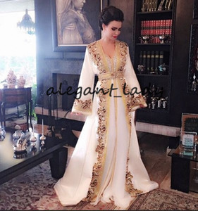 New White Beaded Muslim Long Evening Dresses Luxury Dubai Moroccan Kaftan Dress Long Sleeves Formal dress prom party gown