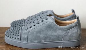 2018 Super qualità degli uomini delle scarpe da tennis inferiore rossa Grey Suede Spikes Sneakers Junior piatto LouSpiked dal design di lusso Red Sole Casual scarpe chiodate