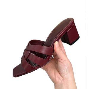 Горячая распродажа-высокое качество летняя женщина роскошные сандалии дизайн тапочки пляжные туфли на каблуках для женщин марка женская обувь