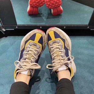 Los zapatos del diseñador impresa zapatos retro del deslizador de la plataforma aérea de baloncesto sandalia Kanye triple de la vendimia de las alpargatas de diapositivas sandalia 2020 nuevos Q4