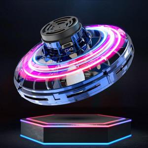 FlyNova UFO Fidget Spinner Toy miúdos que voam o portátil de 360 ° Rotating Shinning luzes LED lançamento Xmas Voador Toy presente Gota