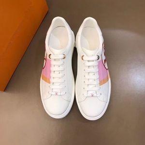 Louis Vuitton LV Shoes Nuovo Triple-S pattini di svago Parigi Luxury Shoes papà Arcobaleno Triple S Sneakers per Uomo Donna Vintage Kanye vecchio nonno Trainer hkm02