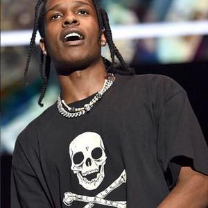 20 Christmaas T-Schwarz-Schädel Bedruckte T-Shirts Hip Hop-Kurzarm Baumwolle Kleidung O-Ansatz Art und Weise Männer, die Frauen der neuen Art-HFLSTX079