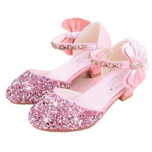 الصنادل الفتيات الكعب العالي 2020 الصيف حجر الراين القوس الأميرة عرض نموذج الكريستال حذاء واحد اتجاه جديد الفضة