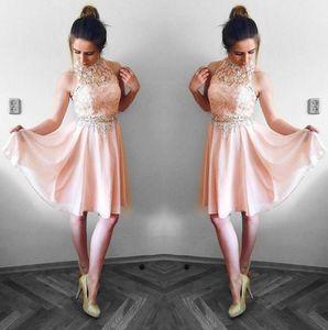Bella Blush Pink Homecoming Abiti Una linea Halter Neck Top in pizzo in chiffon Mini abito da cocktail Party Abiti abito da laurea