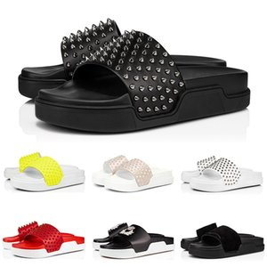 christian louboutin red bottoms Modedesigner Hausschuh Rot grundiert Sandalen Spikes Pool-Spaß verschönert verzierten Slides Mens-Sport-Slide Haus Plattform mit Box