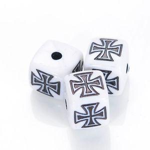 35 PC / patrón 15MM plaza antigua de la porción de acrílico Diseño Cruz perlas para las mujeres Pulsera brazalete del brazalete de joyería que hace Accesorios