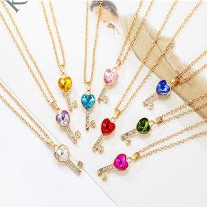 Nouveau Mode Clavicule Sautoirs Bonheur Clé Coeur Forme Pendentif Charme Fit Femmes Bracelets Colliers Bijoux Cadeau Pendentif En Cristal Pendentif
