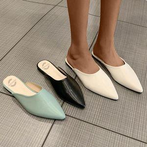 Moda Sivri Burun Terlik Kadınlar Düz Topuk Ayakkabı Sandalet Pu Deri Rahat Rahat Flats Ayakkabı V Ağız Ballet Flats JG3 Slip On