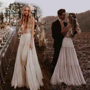 Урожай Bohemian Boho Свадебные платья Глубокий V-образным вырезом Причудливая Boho Dreamy Страна Свадебные платья Пляж Sexy Платье De Noiva