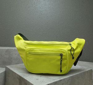 Fashion classic famous brand men's and women's pack canvas designer men's and women's pack size 39.9 * 10 * 18cm