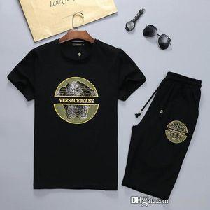 mens designer tracksuits medusa Men Shirts+Shorts Set New Summer Casual Printed Mens Designer Tracksuits Short Male Printing Sets Plus Size