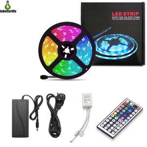 RGB Şerit LED Işık Bandı Esnek Diyot Şerit SMD 5050 RGB 24Key 44Key Güç Uzaktan Su geçirmez Aydınlatma 5M