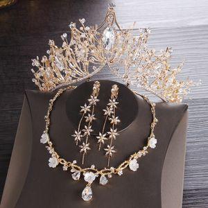 Ouro Nupcial coroas Tiaras Headpiece Cabelo Colar Brincos Acessórios Conjuntos de Jóias de Casamento preço barato moda estilo noiva 3 Peças