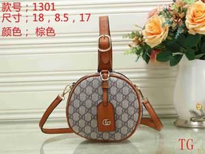 2020 New famoso designer de Grande Capacidade Casual Totes de alta qualidade Mulheres Bolsa e bolsas de luxo de moda Messenger Bag Ombro 028