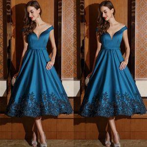 차 길이 신부 드레스 공식적인 이브닝 가운 라인 오프 어깨 V 넥 블랙 아플리케 Cockail 파티 드레스